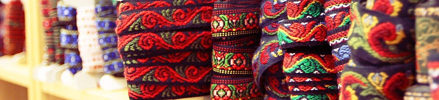 Lace, neck collars, woolen ribbons